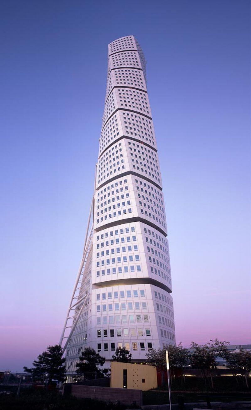 Santiago Office Building